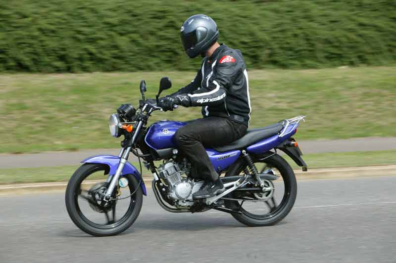 Top Amazing Sports Bike Yamaha Ybr 125