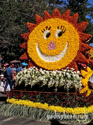 Smiling Sun made of Flowers during Panagbenga Grand Float Parade