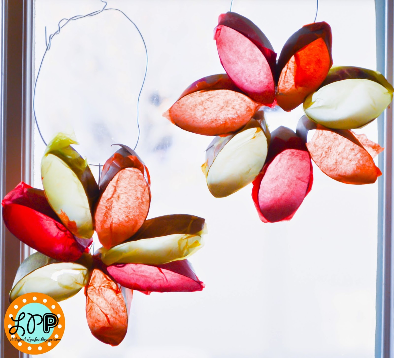Sun catcher flowers with toilet paper rolls kid craft this week we are going to do some april shower crafts before we have to wait a whole year for the chance again stick around supplies empty toilet paper jeuxipadfo Choice Image