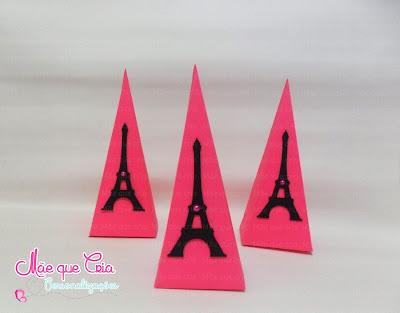 Cone Barbie em Paris em scrap
