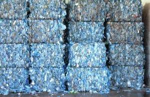 http://www.inovacaotecnologica.com.br/noticias/noticia.php?artigo=papel-mineral-feito-garrafas-pet&id=010125150113&ebol=sim