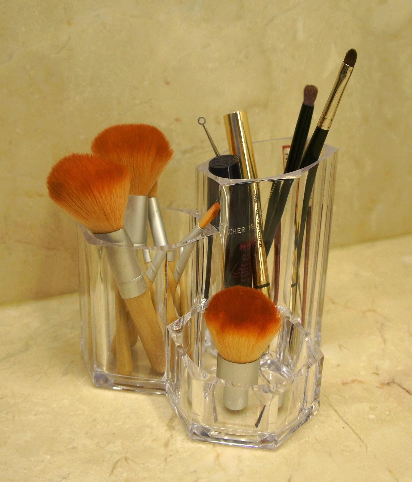 organizer na akcesoria do makijażu
