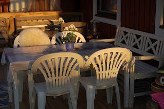 altan,vitt,vita möbler,blått,