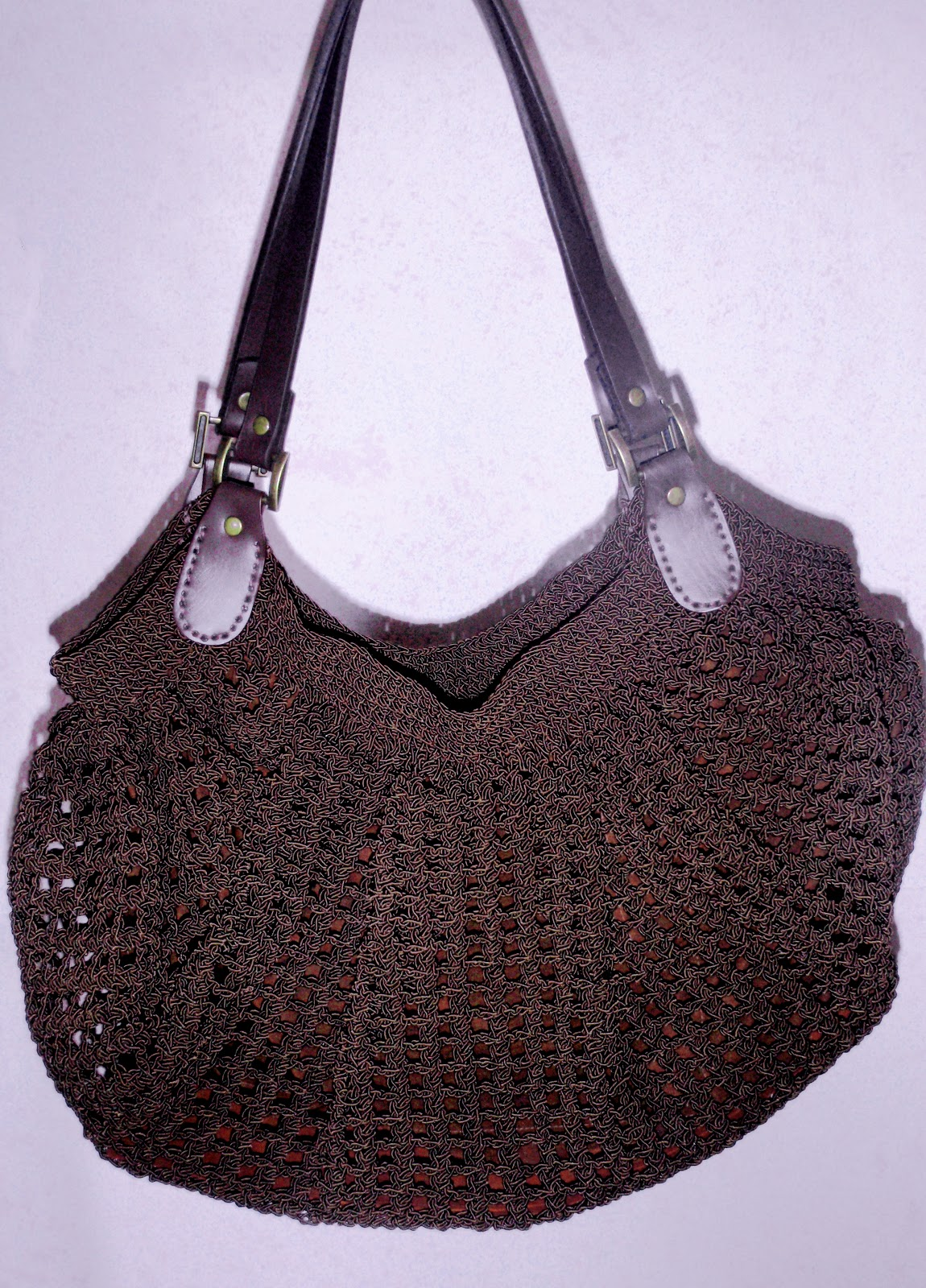 Crochet Bag Bottom : In My Silence.... Fat Bottom Crochet Bag Again Bag n Craft