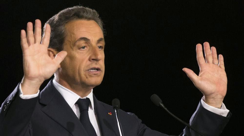 Nicolas Sarkozy, le 7 novembre 2014, donne un discours à Paris lors la campagne pour la présidence de l'UMP