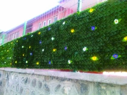 Yaprak bahçe çitleri farklı modern bahçe çiti modelleri ile