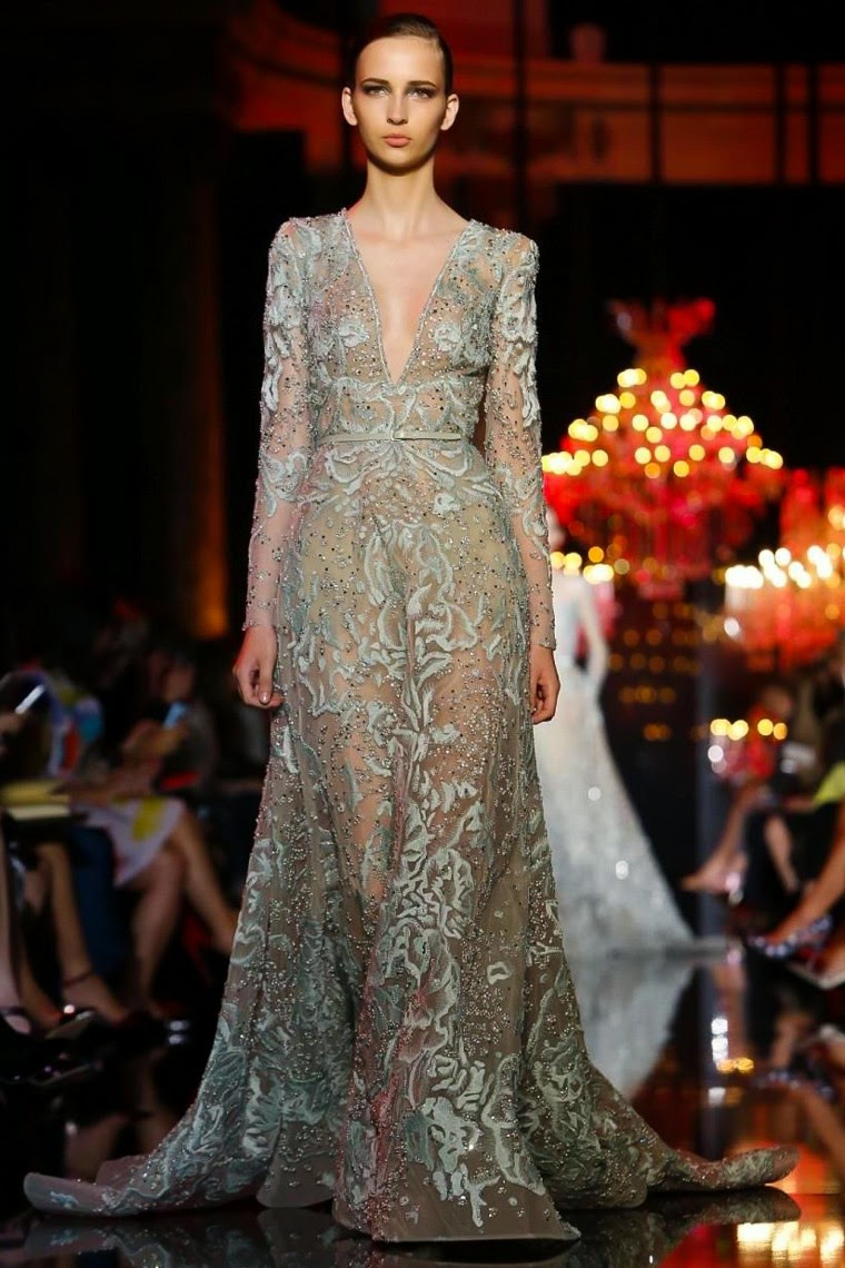 Elie-Saab-Couture-Fall-Winter-2014-2015, Elie-Saab-Couture-Fall-Winter-2015, Elie-Saab-Couture-Fall-Winter-2014, Elie-Saab-Couture-Fall-Winter, Elie-Saab-Couture, Elie-Saab-Haute-Couture-Fall-Winter-2014-2015, Elie-Saab-Haute-Couture-Fall-Winter-2015, Elie-Saab-Haute-Couture-Fall-Winter-2014, Elie-Saab-Haute-Couture-Fall Winter, Elie-Saab-Haute-Couture, Elie-Saab, du-dessin-aux-podiums, dudessinauxpodiums, robe-cocktail, robe-bustier, robes-de-soiree, robe-soirée, robe-mariée, robe-été, robes-de-cocktail, womens-robe, petite-robe-noire, robe-blanche, robe-de-bal, robe-portefeuille, robes-cocktail, robes-de-mariage, robe-soire, robe-de-demoiselle-d-honneur, robe-de-soirée-pour-mariage