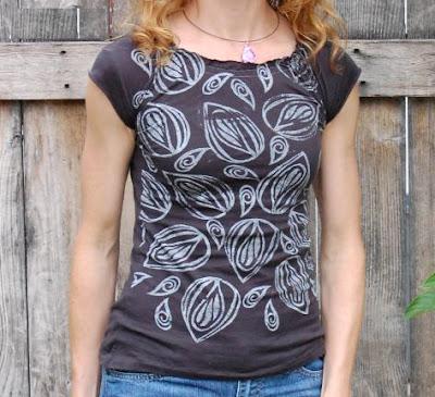 Reciclaje y estampacion artesanal de camisetas