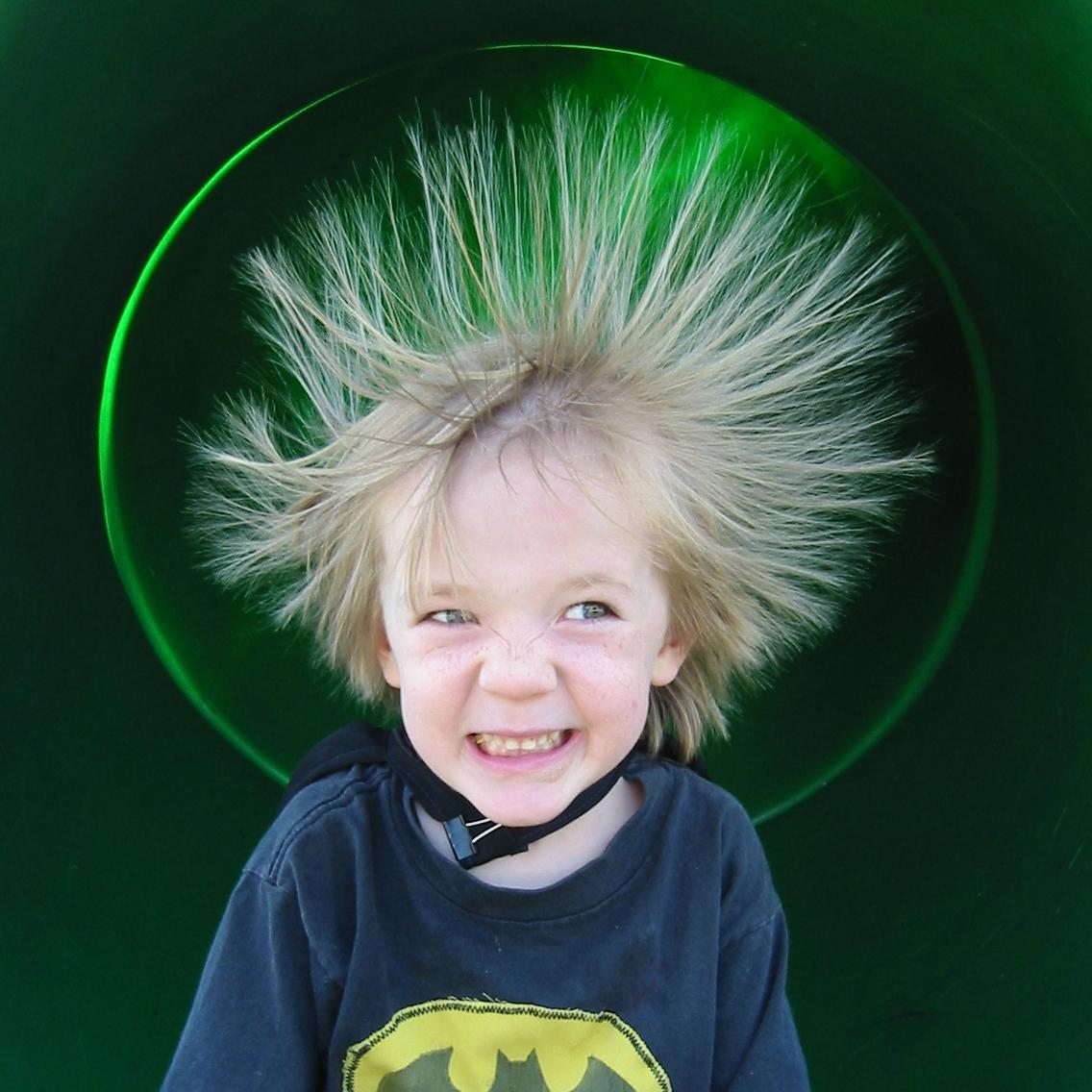 http://3.bp.blogspot.com/-Lb8DaHNQt1Y/TxHqqY_ijpI/AAAAAAAADtI/0YL23FbFDoc/s1600/static-hair.jpg