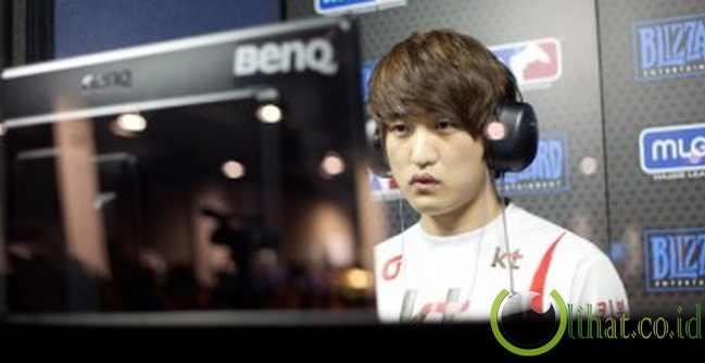 Lee 'Flash' Young Ho