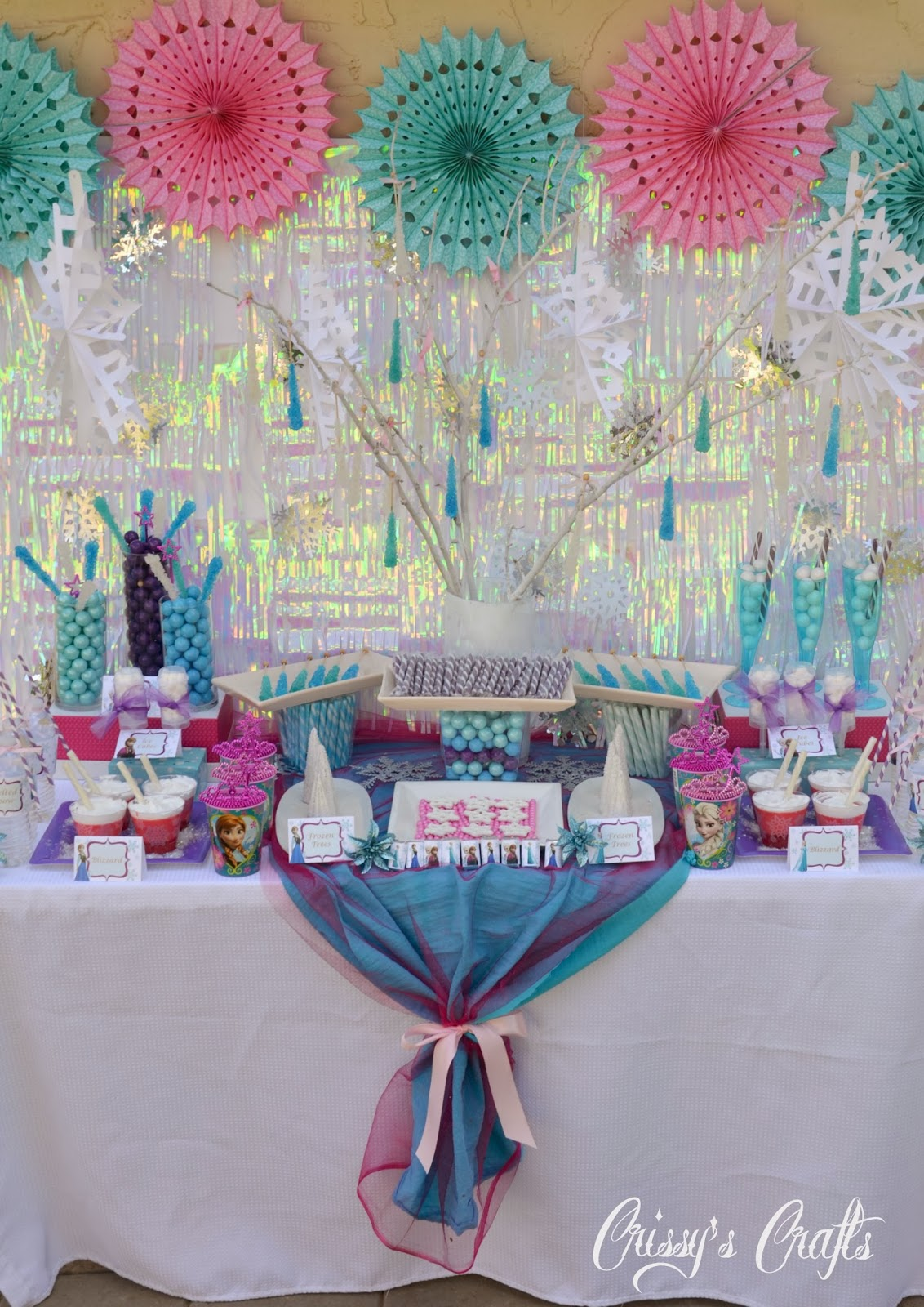 Crissys Crafts Disneys Frozen Party GIVEAWAY