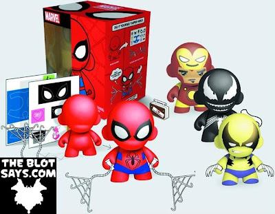 Marvel Comics x Kidrobot Do It Your Self Super Hero Munny & Mini Munny Vinyl Figures