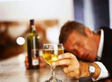 Tác hại của rượu bia tới dạ dày