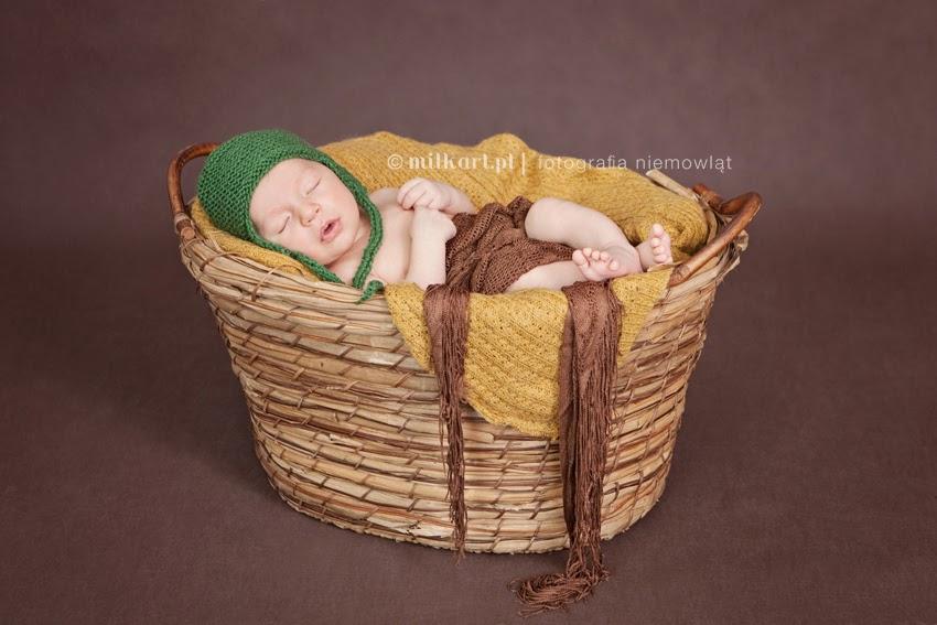 sesja fotograficzna dziecka w poznaniu, zdjęcia rodzinna, fotografia niemowlęca, studio milkart