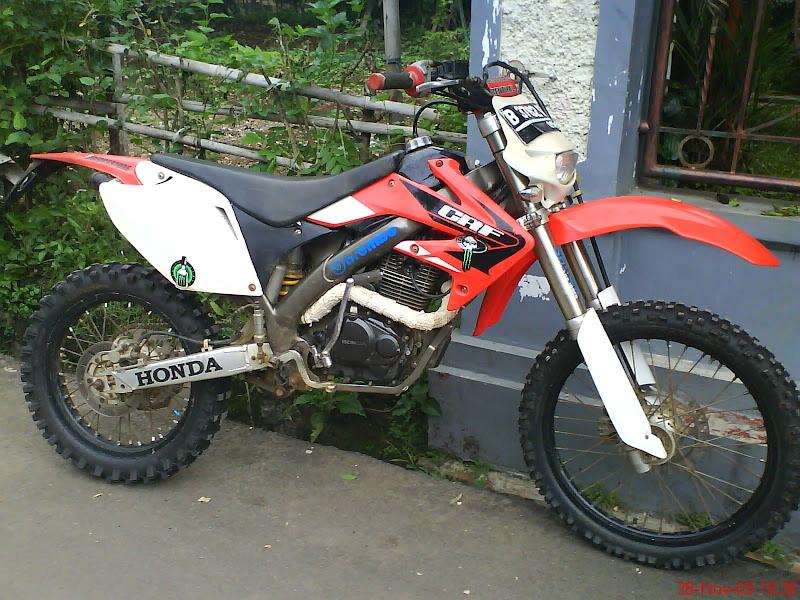 beberapa contoh modifikasi motor trail yang dibuat dengan mesin Honda  title=