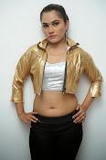 New Actress Pooja glam pics-thumbnail-8