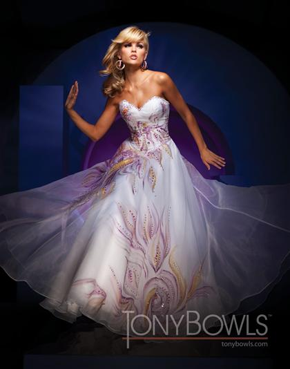 Prom Dresses at Peaches Boutique: Tony Bowls Evenings 2011!