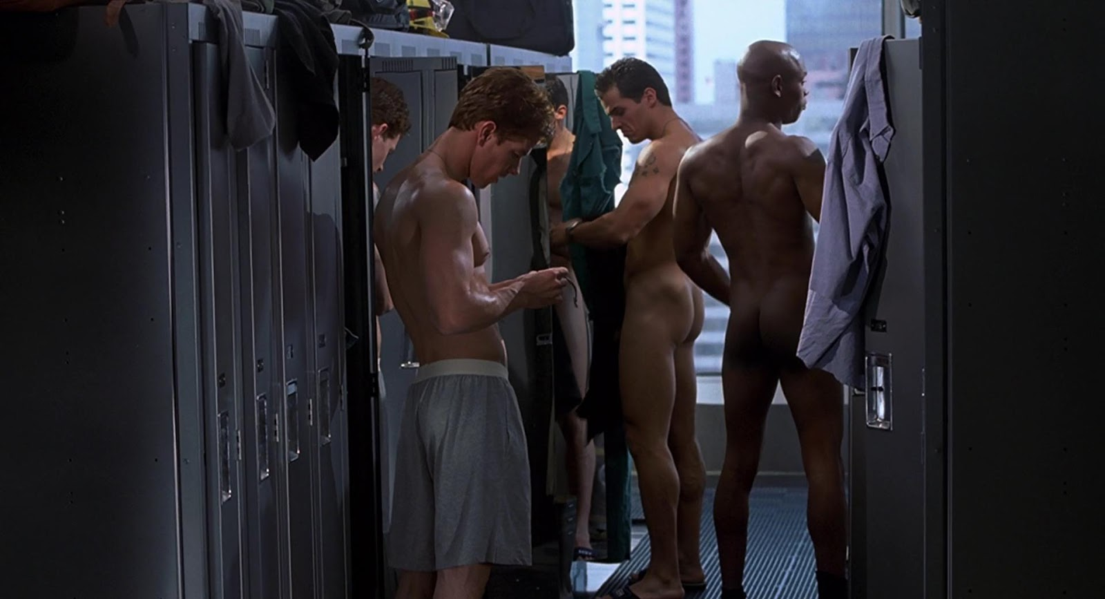 restituda1 s world of male nudity stephen amell in series dante s