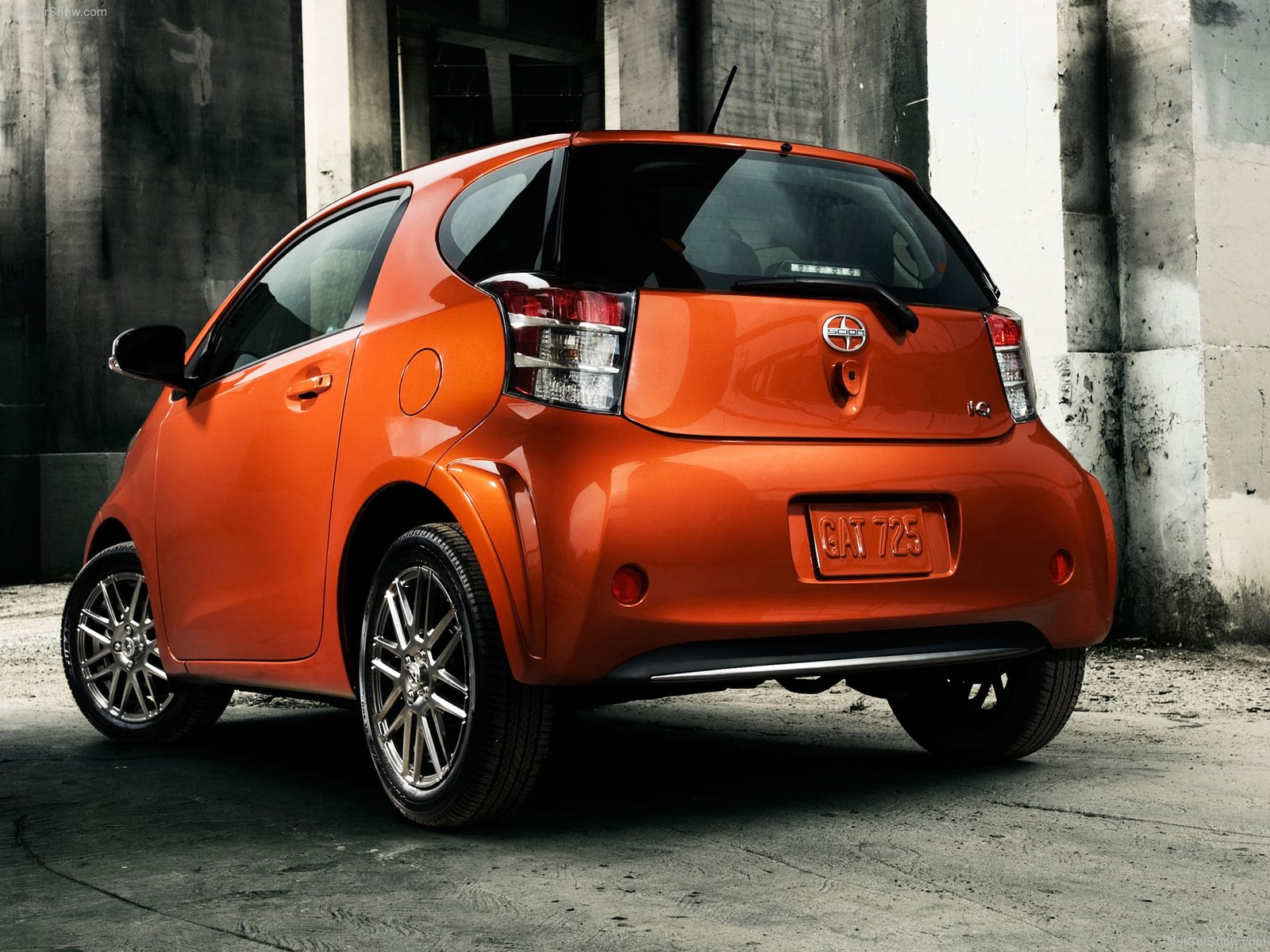 Hình ảnh xe ô tô Scion iQ 2012 & nội ngoại thất