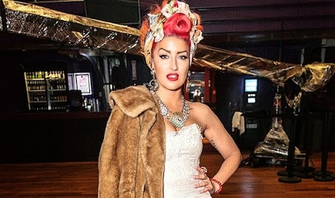 neon hitch canta wannabe delle spice girls: video