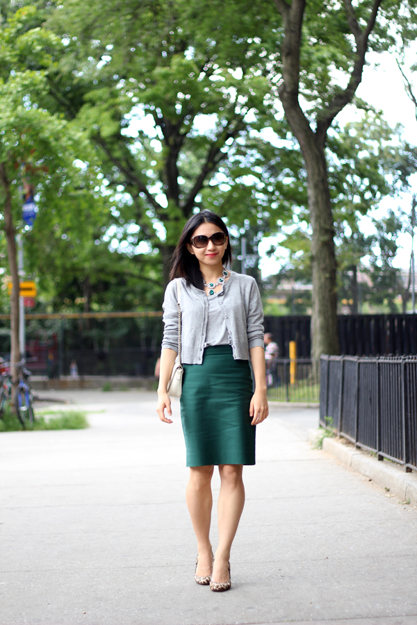 DIY HOW TO MAKE A SKIN TIGHT KNIT CROP TOP AND MIDI SKIRT