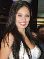 Bruna Abdullah in Jai Ho, star cast