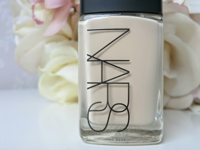 NARS Sheer Glow Foundation Gobi blog review