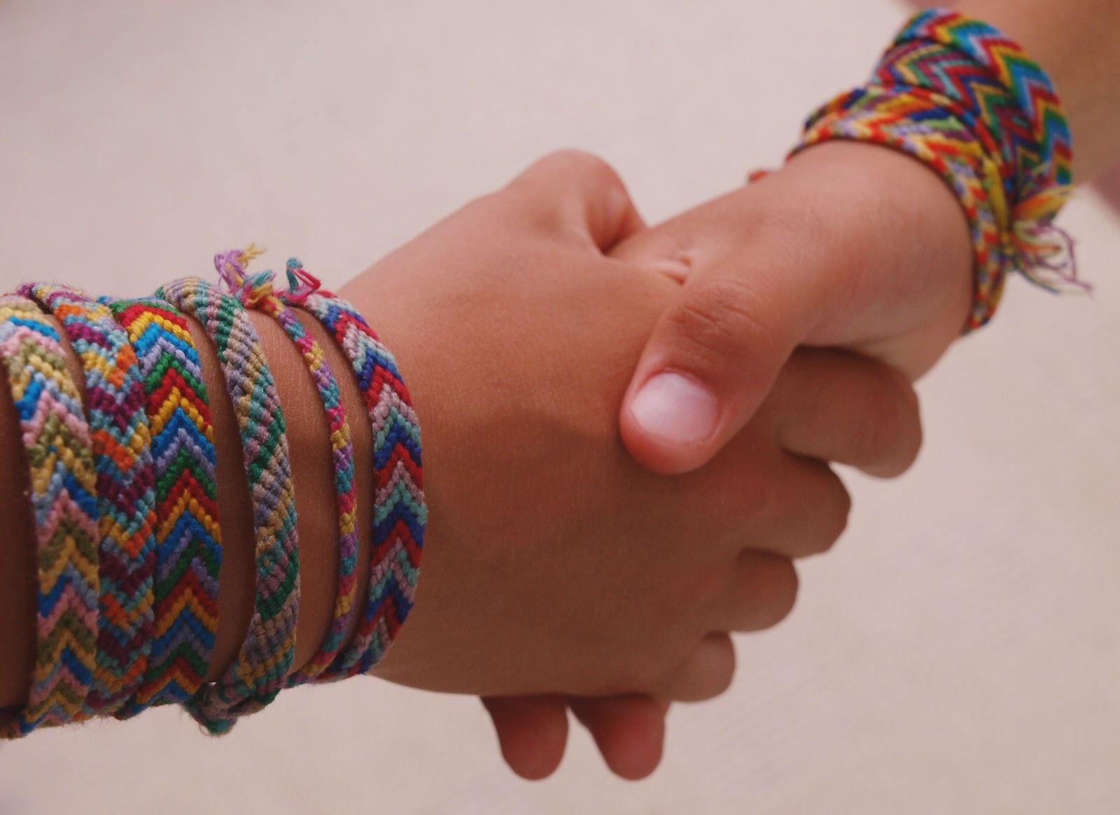 Сделать браслет на руку своими руками из мулине