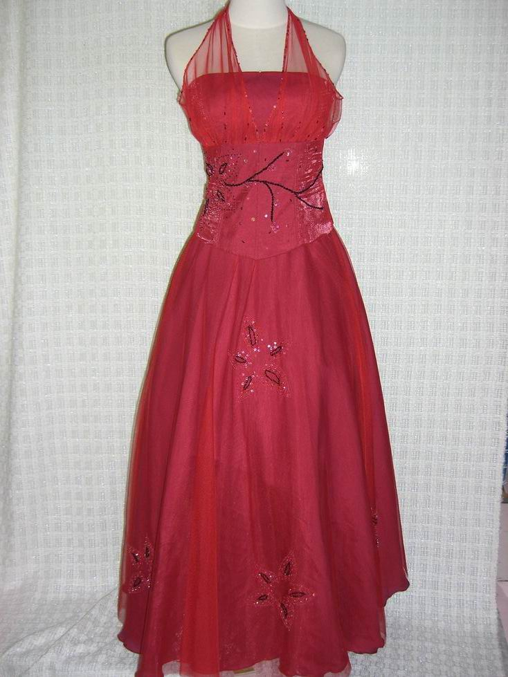 Gaun Pesta Malam 2011 Model Desain Busana Gaun Pesta Malam Untuk