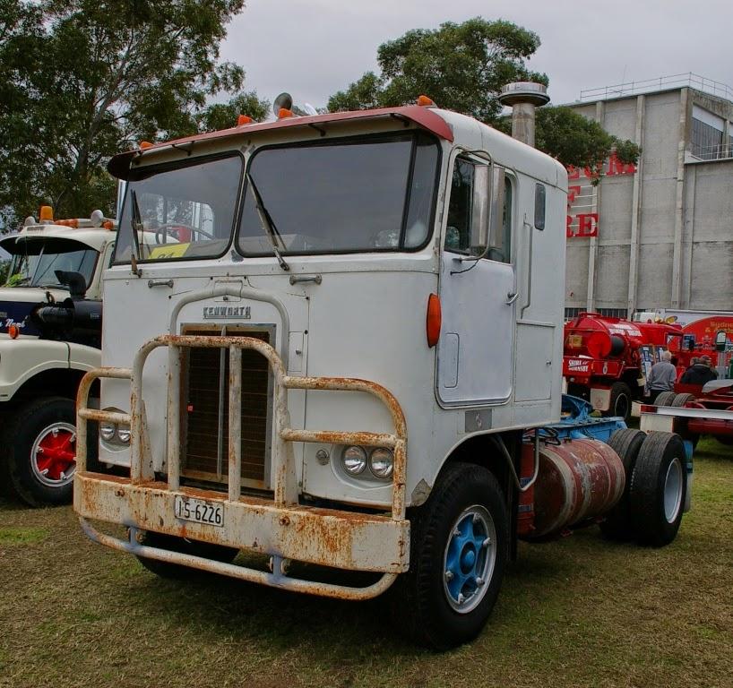 Historic Trucks: Sydney Classic and Antique Truck Show 2014 ...