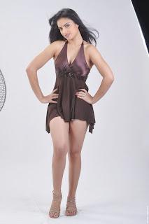 Actress-Ritu-Kaur-Hot-Photos_actressphotoszone.blogspot.com_6.jpg