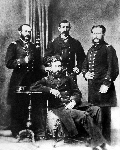 Los Cuatro Ases de la Marina: Grau, Montero, García y García, Ferreyros.