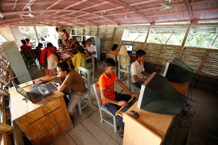 Ultra-Cool Floating Schools di Banglades