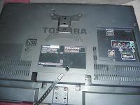 LCD TOSHIBA 24PB2E
