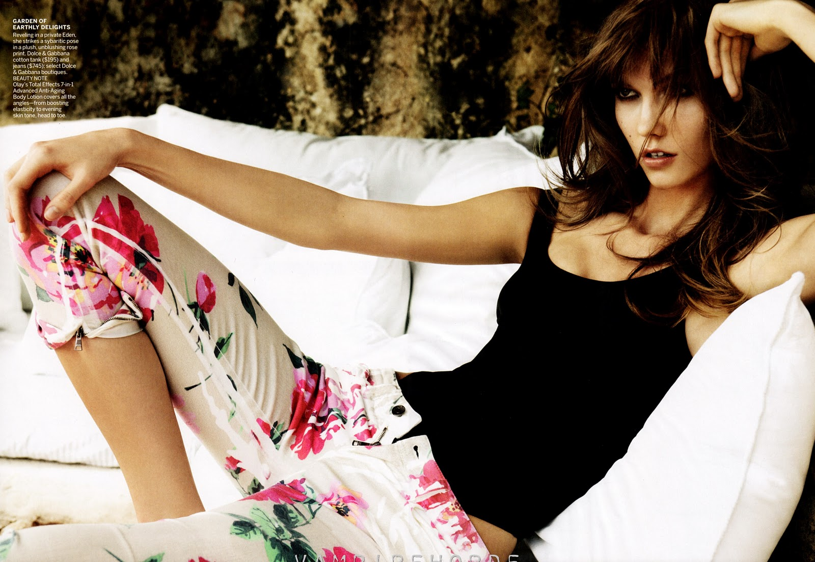http://3.bp.blogspot.com/-Le6EETLQTqc/TsxRFiM6LZI/AAAAAAAAMl0/m8A8FZag-bk/s1600/Fashion_Scans_Remastered.Karlie_Kloss.VOGUE_.December_2011.Scanned_by_VampireHorde.HQ_.6.jpg