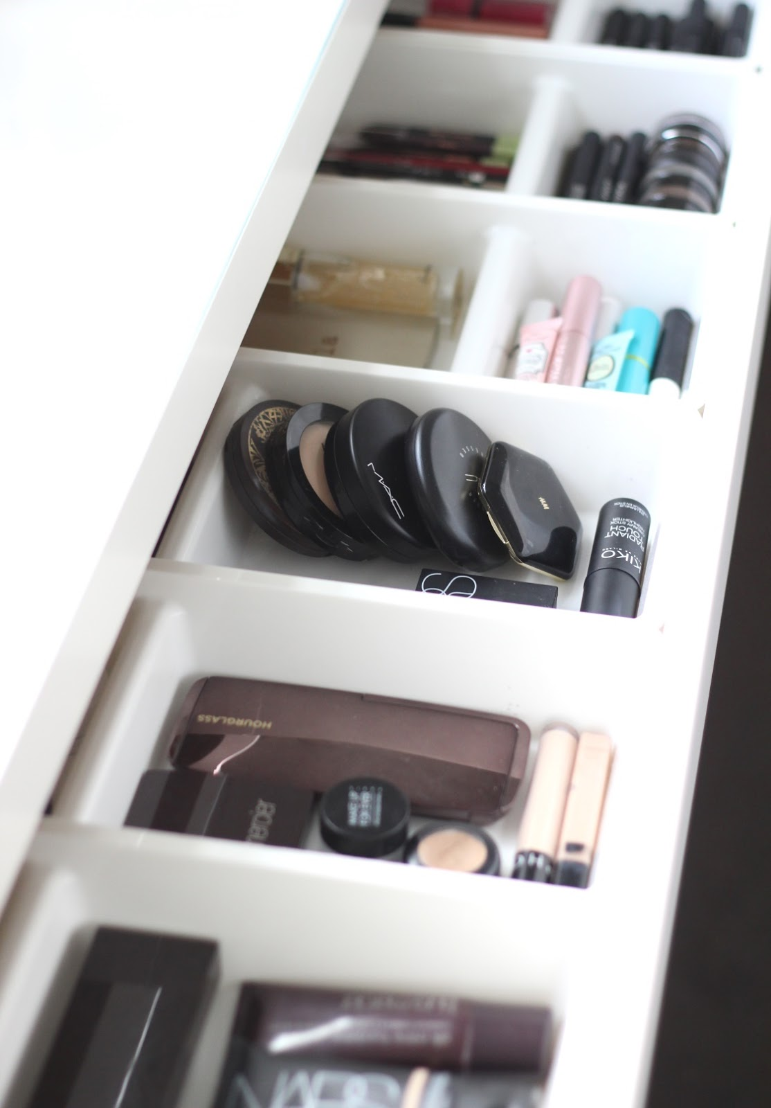 I purchased a white Helmer Drawer Unit from Ikea to house the bits and  bobs makeup. It looks quite cute, but I shant show you because the inside  is still ...