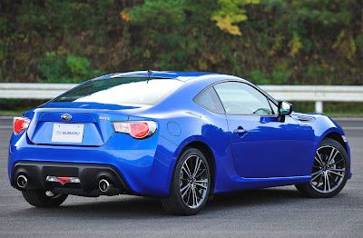 2013_Subaru_BRZ_Rear_angle