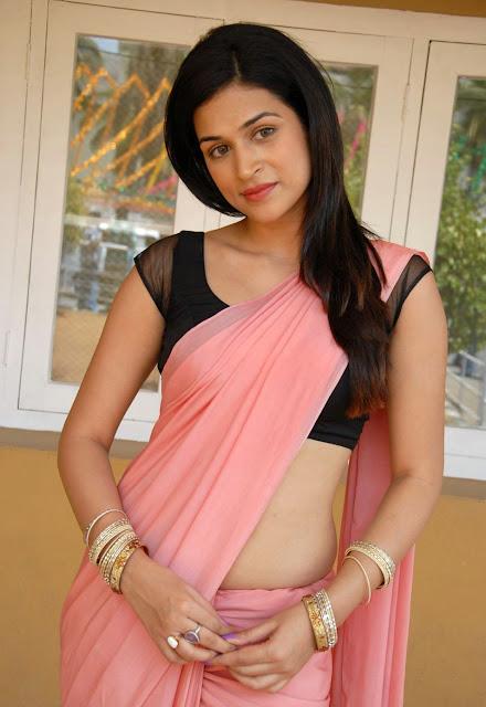 Actress Shraddha Das Latest Hot Stills in Pink Saree