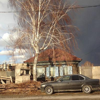 "picture of Storm Coming - Isbushka in Novosibirsk - ""Past"" (poem) brokenbreadandsmallfish.com"