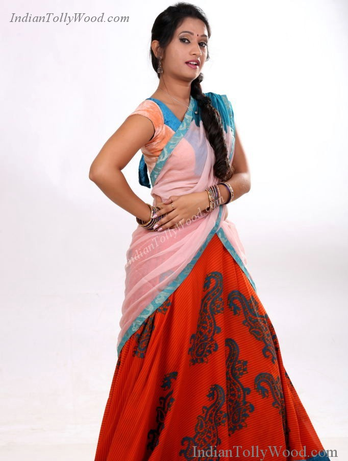 Actress Pallavi Facebook Actress Priyanka Pallavi