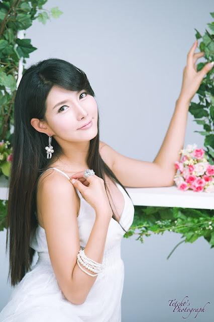 Cha Sun Hwa Lovely In White Dress