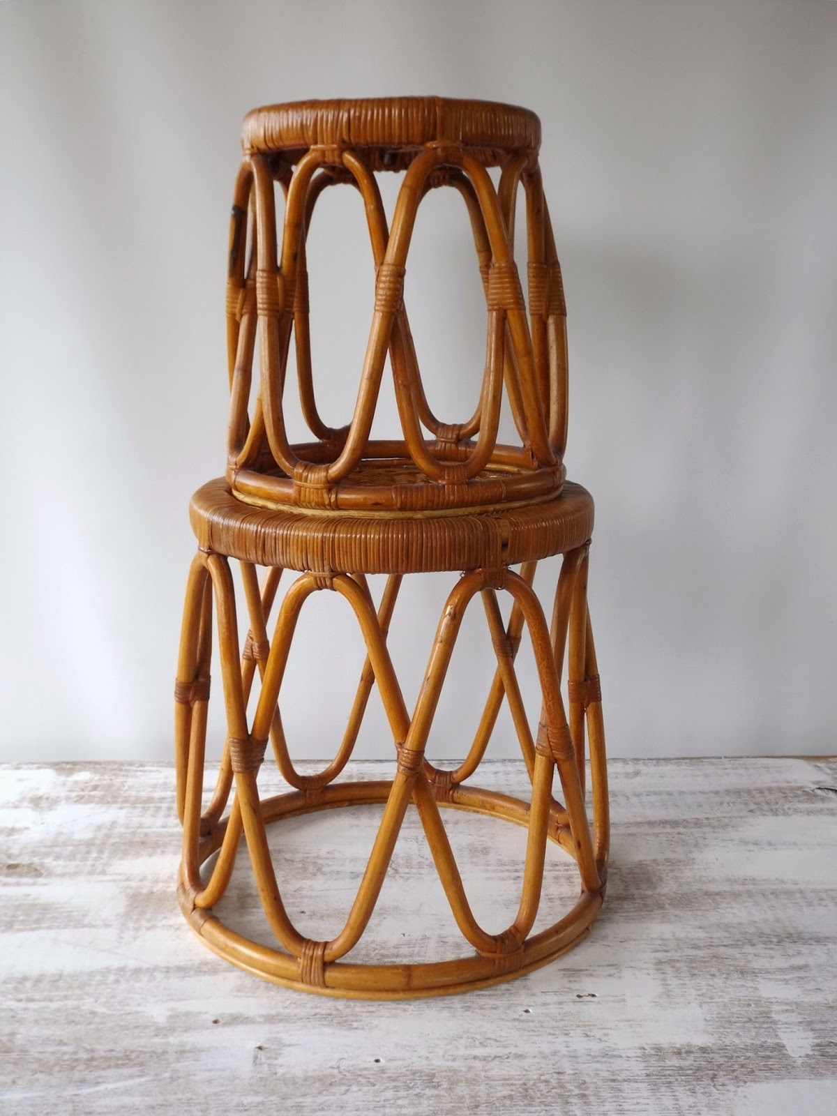 how to fix broken cane stool