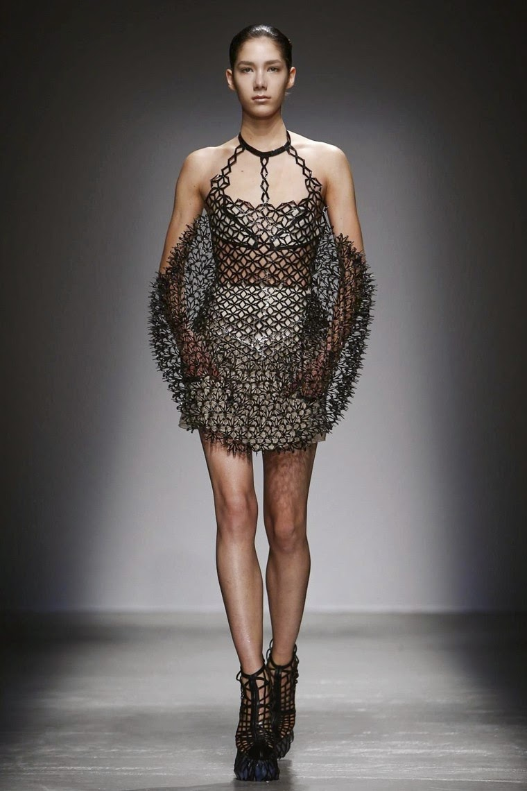 Iris Van Herpen, Iris Van Herpen AW15, Iris Van Herpen FW15, Iris Van Herpen Fall Winter 2015, Iris Van Herpen Autumn Winter 2015, Iris Van Herpen fall, Iris Van Herpen fall 2015, du dessin aux podiums, dudessinauxpodiums, Iris Van Herpen impression 3d, Iris Van Herpen shoes, vintage look, dress to impress, dress for less, boho, unique vintage, alloy clothing, venus clothing, la moda, spring trends, tendance, tendance de mode, blog de mode, fashion blog, blog mode, mode paris, paris mode, fashion news, designer, fashion designer, moda in pelle, ross dress for less, fashion magazines, fashion blogs, mode a toi, revista de moda, vintage, vintage definition, vintage retro, top fashion, suits online, blog de moda, blog moda, ropa, asos dresses, blogs de moda, dresses, tunique femme, vetements femmes, fashion tops, womens fashions, vetement tendance, fashion dresses, ladies clothes, robes de soiree, robe bustier, robe sexy, sexy dress