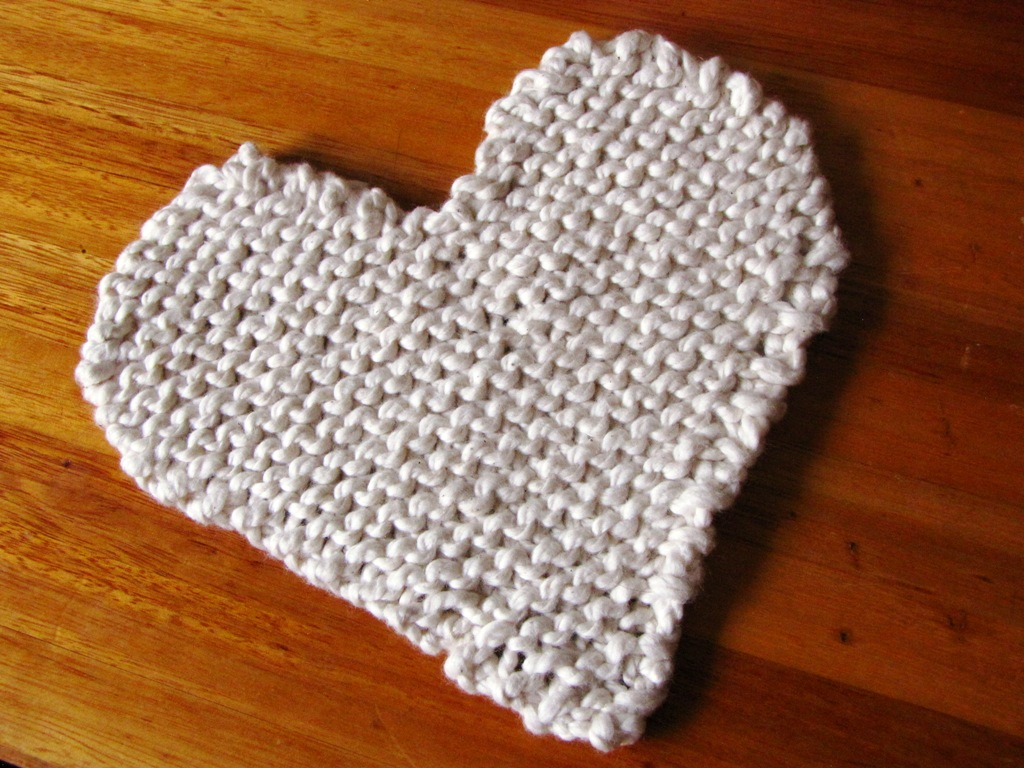 Heart Shaped Knitting Pattern : Valentine, Heart Shaped Kitchen Trivet Pattern - Natural Suburbia