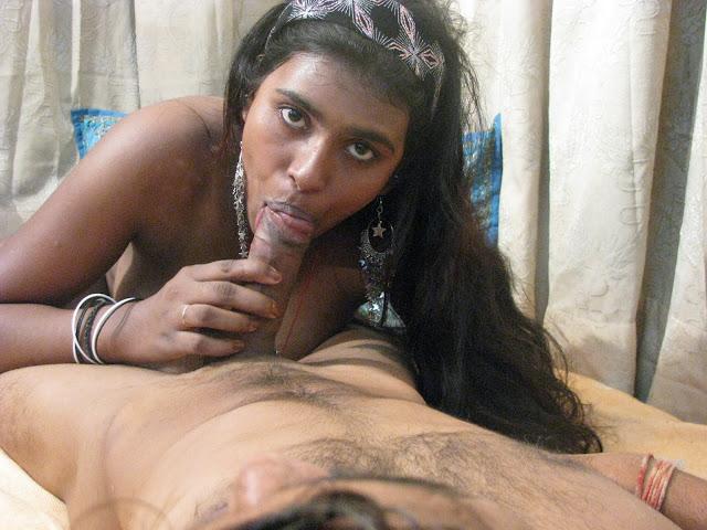 Desi Bhabhi & Aunty Sucking Dicks...Giving BlowJobs indianudesi.com