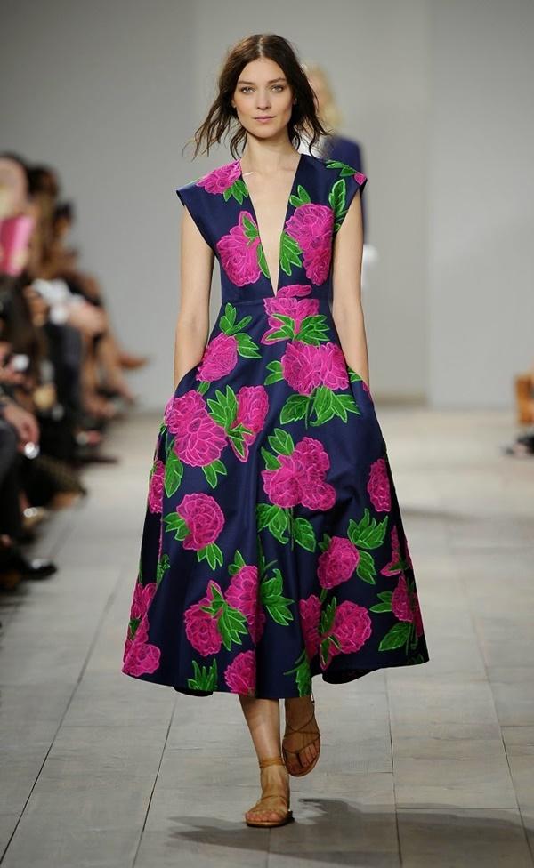 çiçekli-elbise-trendi