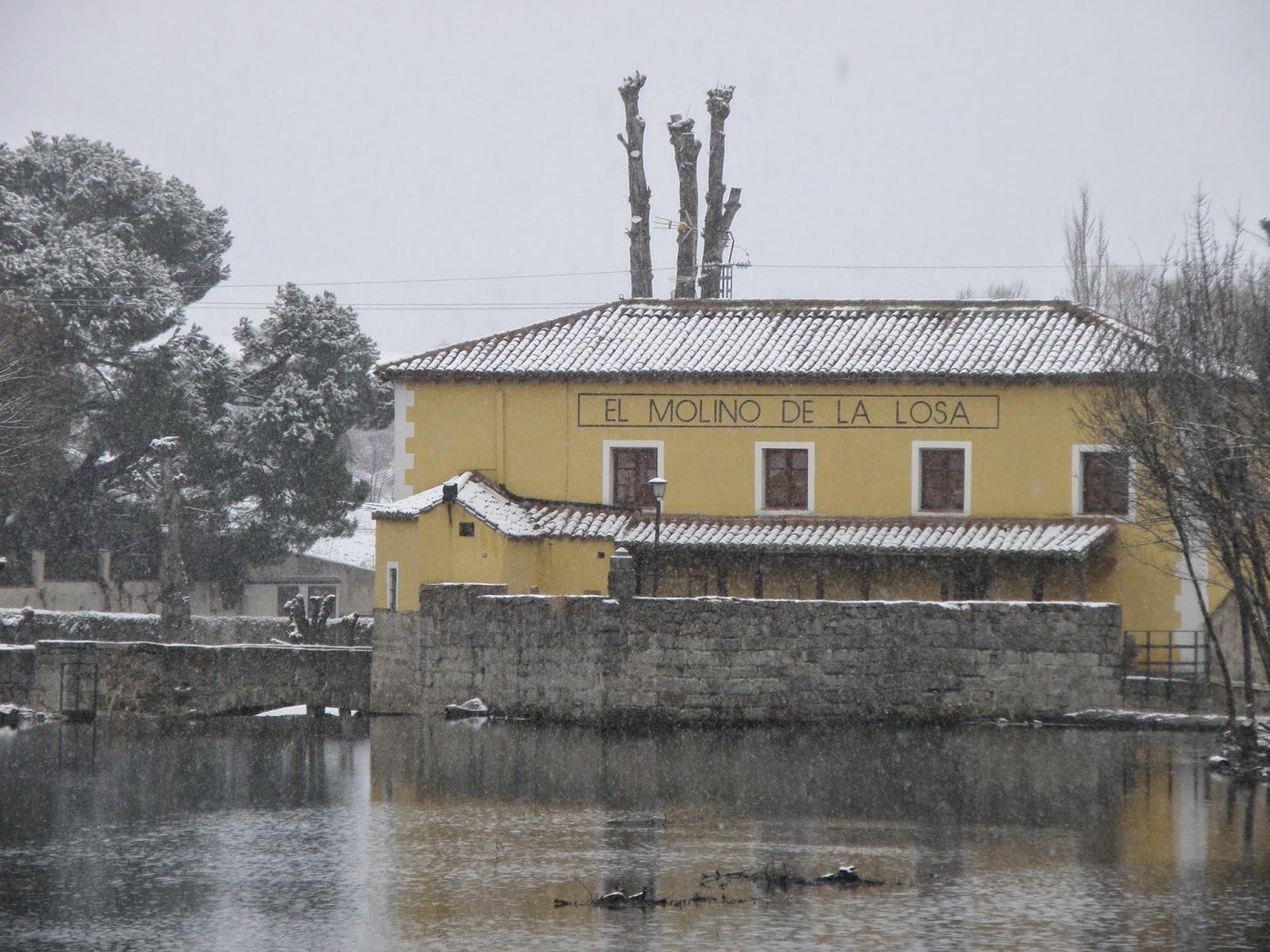 Restaurante el Molino de la Losa - vista desde el rio nevado