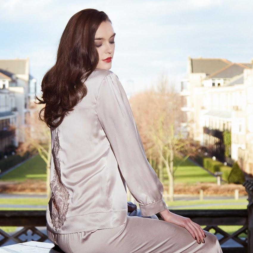 Seidenpyjama Aphrodisiac von Shell Belle Couture