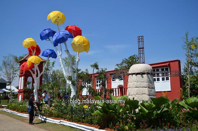 Melaka Garden Royal Floria