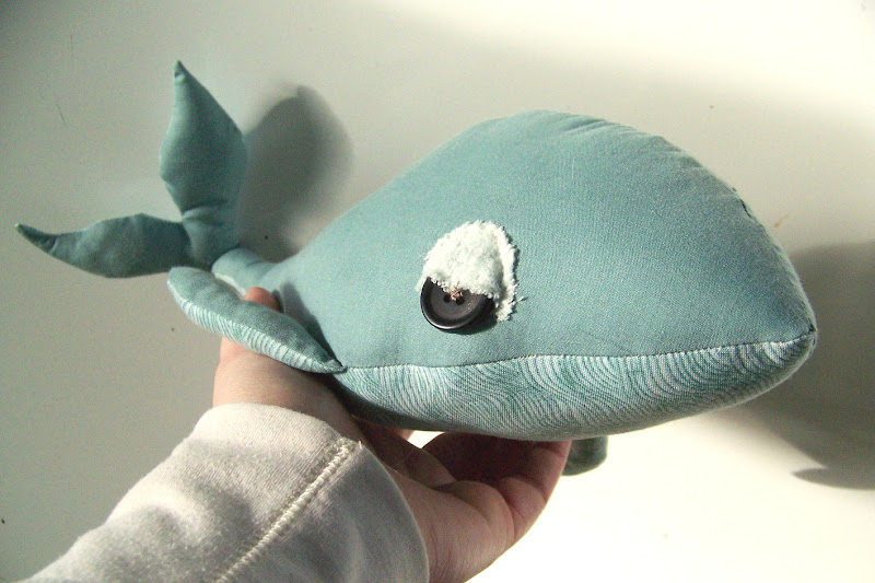 What better way to await a new baby then to sew a whale.. am I  title=